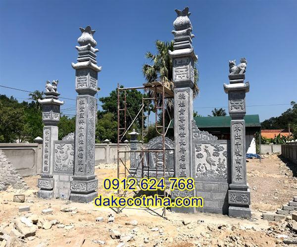 Cổng tam quan đẹp bằng đá tự nhiên nguyên khối, cổng đá tam quan, cổng đá