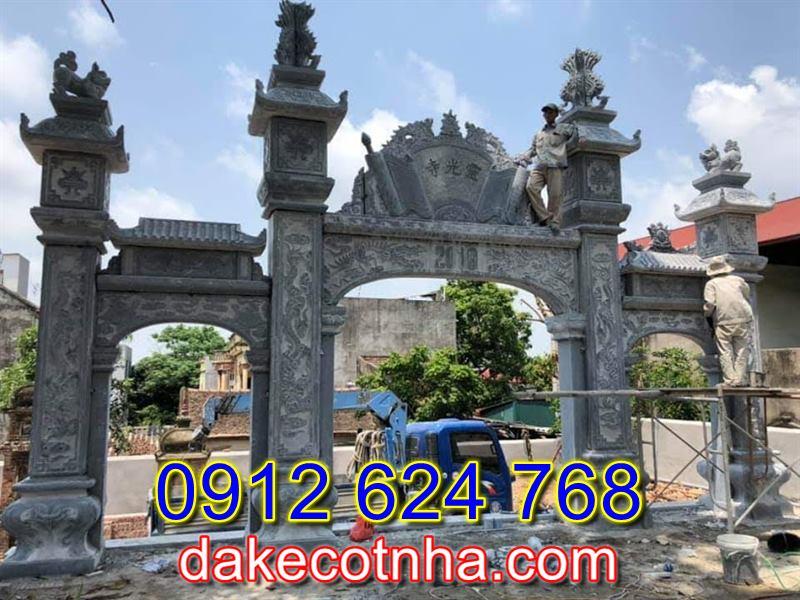 Mẫu cổng nhà thờ họ đẹp bằng đá tự nhiên